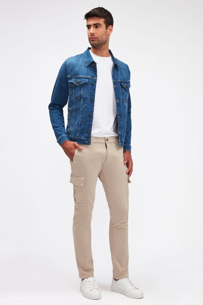 SLIMMY TAP. CARGO CHINO LUXE PERFORMANCE SATEEN STONE