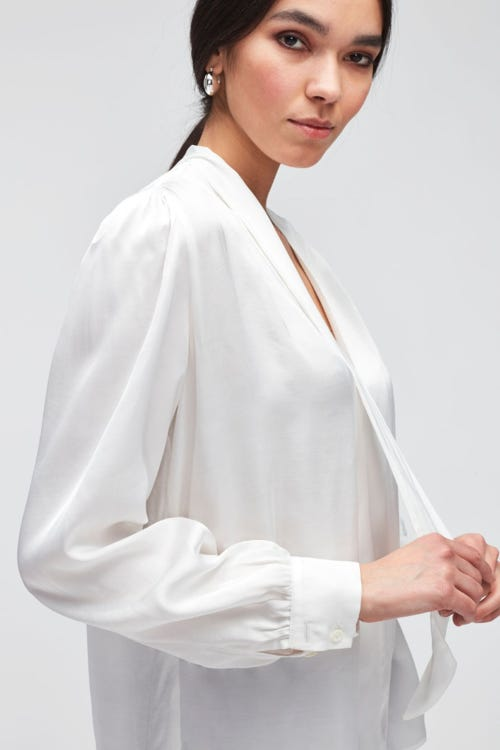 TIE NECK RUCHED SHOULDER LS BLOUSE SATEEN CHAMPAGNE