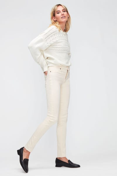 HW SKINNY COLORED SLIM ILLUSION WITH RAW CUT WINTER WHITE
